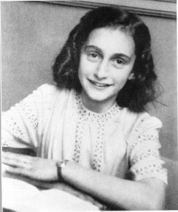 Anne-Frank-anne-frank-5856574-502-600